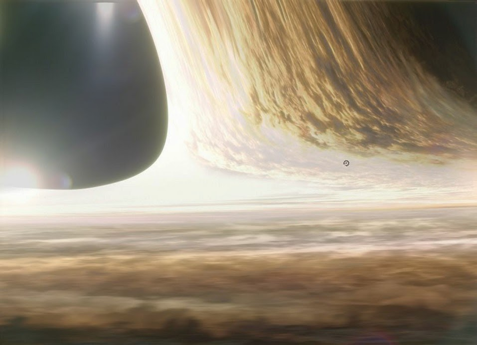 Gargantua-close-up-with-Endurance-Interstellar.jpg